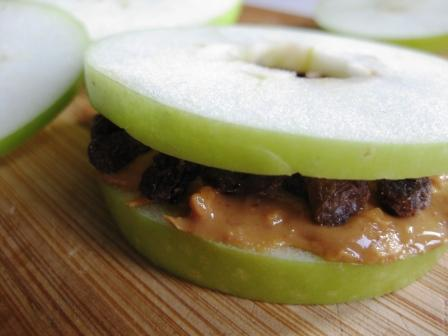 Peanut Butter Apple Sandwich | mysuperfoods