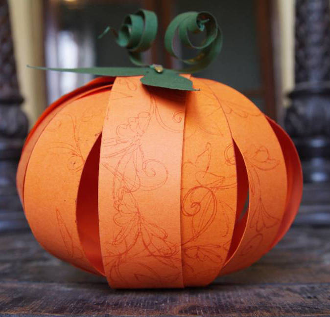 Fall crafts mysuperfoods for Fall decorating ideas with construction paper