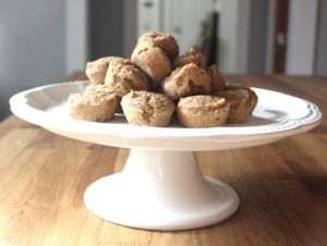 banana pear muffins