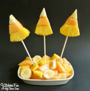 From kitchenfunwithmy3sons.com/2014/10/halloween-candy-corn-fruit-pops.html