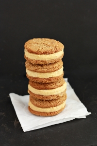 pumpkin-ice-cream-sandwiches4-sm